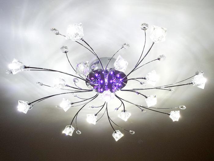 Люстра после установки светодиодных ламп вместо галогеновых ламп