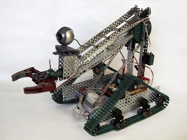 Робот изготовленный с помощью конструктора ТРИК